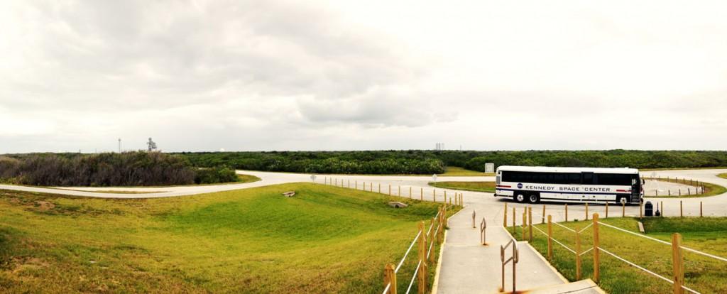 ケネディ宇宙センターの主要施設が一望できるスポット