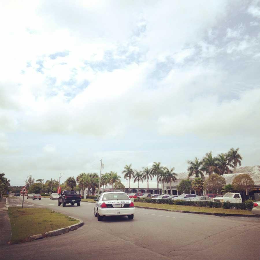 バハマの道