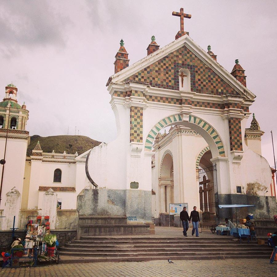 街中の教会