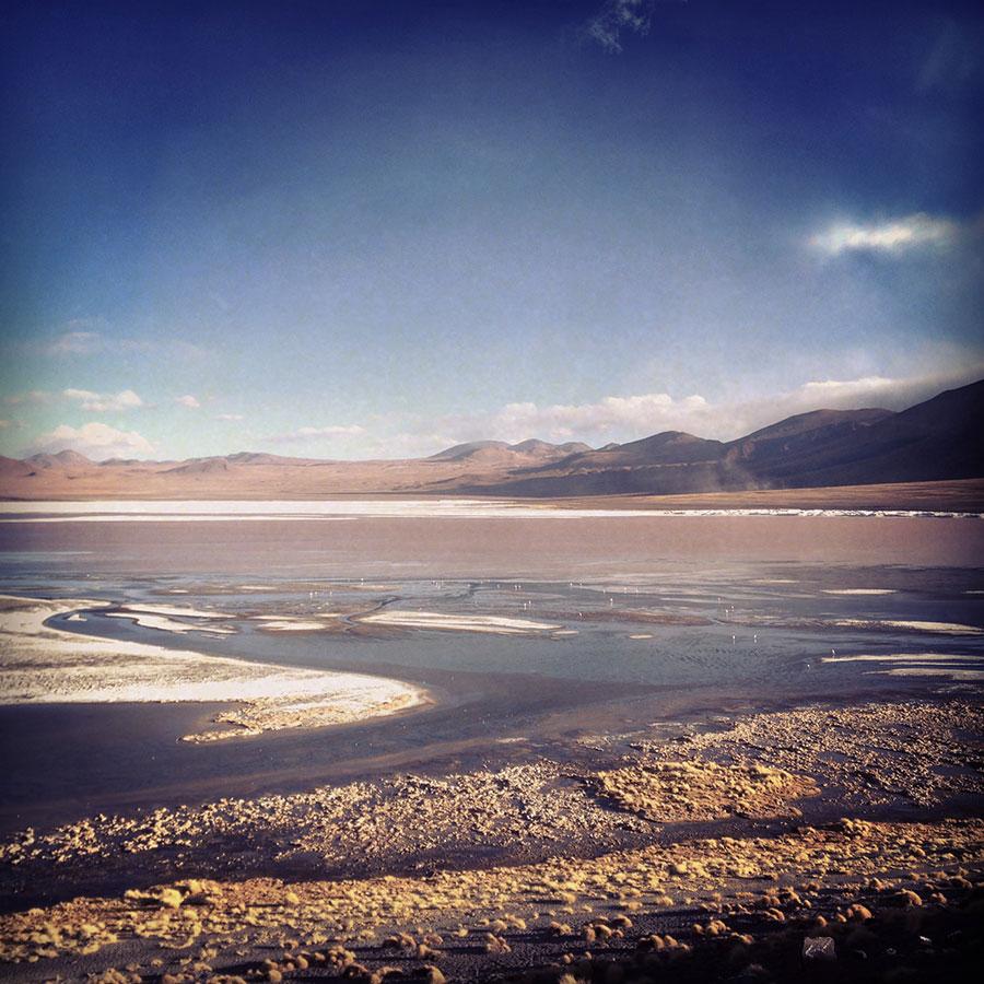 ウユニ湖横断ツアーのLaguna Verde