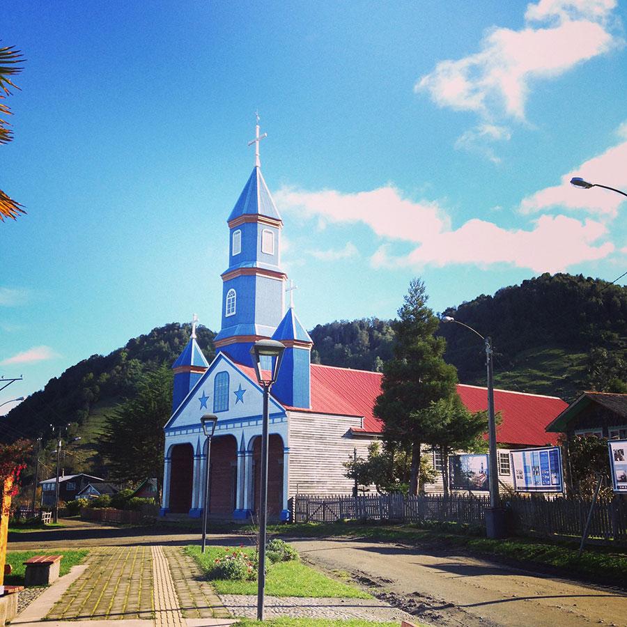 チロエ島、Tenaunの教会。
