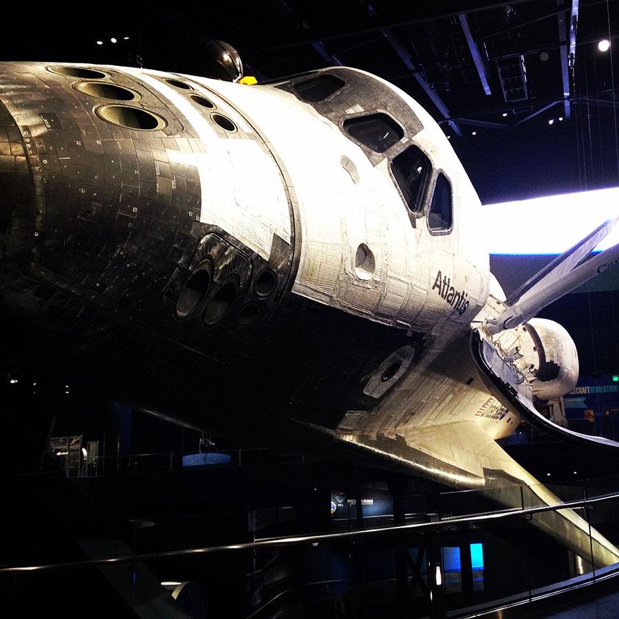ケネディ宇宙センターのスペースシャトル