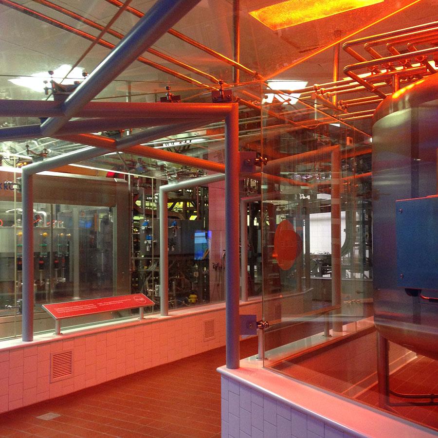 コカ・コーラの工場。