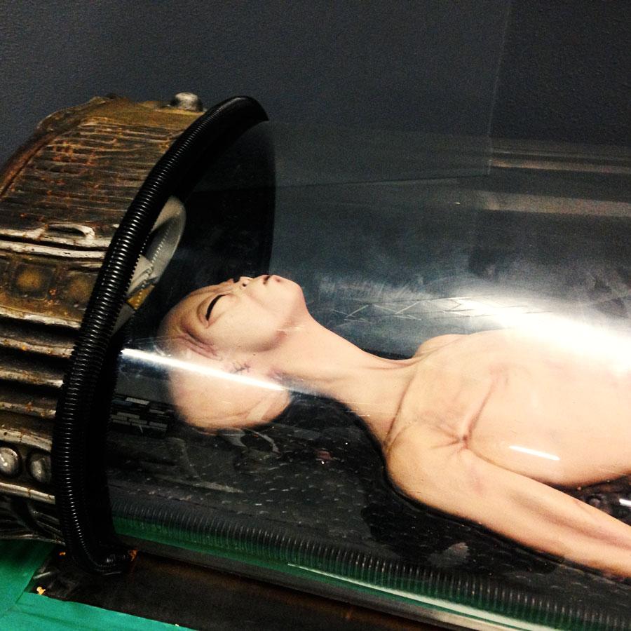 宇宙人の蝋人形